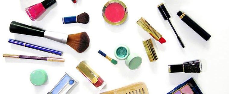makeup-bag-flatlay-beauty-products